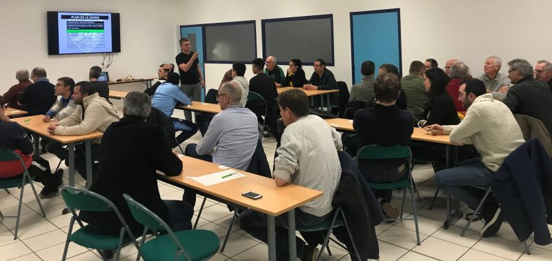 Bureau, éducateurs, dirigeants et arbitres de la JGE réunis au District